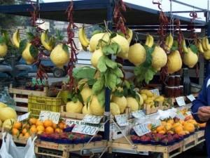lemons-for-sale-in-sorrento